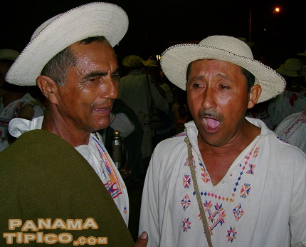 [A pair of shouters performing during the reenactment]