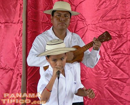 [The mejoranera guitar accompanied the performances of all contestants.]