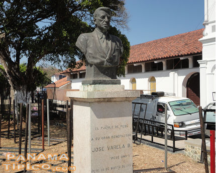 [There is another monument honoring the founder of the company that produces Seco Herrerano at Pese.]