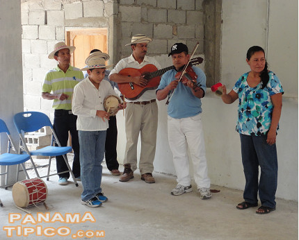 [Another town in the route is El Aguila, where visitors are welcomed to the rhythm of cumbia pajonalena, a local genre.]