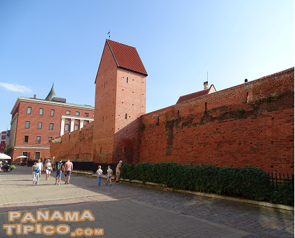 [At some sections of the perimeter of the Old City it is still possible to see remains of the medieval walls of Riga.]
