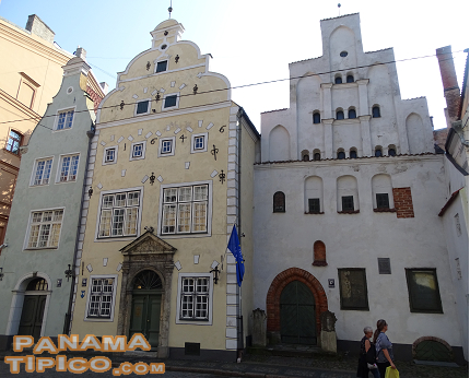 [Very near, The Three Brothers are located. These are the oldest residences in the Old Quarter of Riga.]