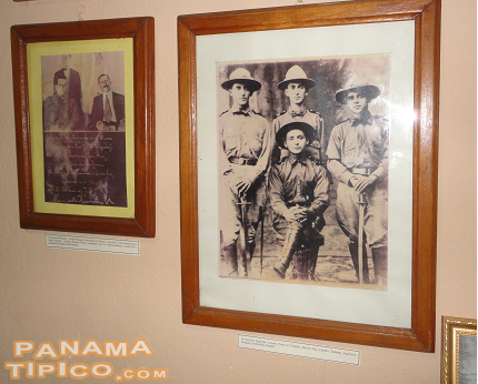 [Inside the police building, you can visit the Coto War Exhibition.]