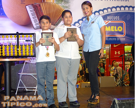 [Young students Juan Diego Cedeno and Diego Alejandro Cedeno were distinguished for earning bronze medals in an international mathematics tournament.]