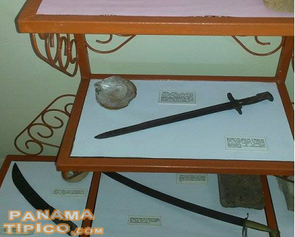 [Swords and knives, most likely used for duels, are now shown in the museum.]