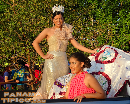 [Miss Trini Campos, Queen of the Fair, paraded around the main square while greeting the fairgoers.]