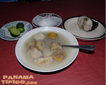 [The festival is also a great opportunity to taste the Kuna gastronomy, with dishes such as this soup, named tulemase.]