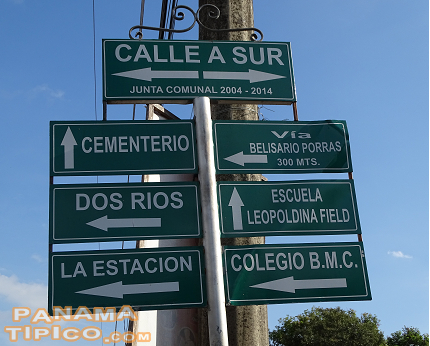 [It is very easy to navigate through Dolega, as the streets have plenty of very helpful direction signs.]