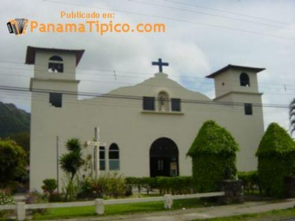 [El Valle's Catholic church]